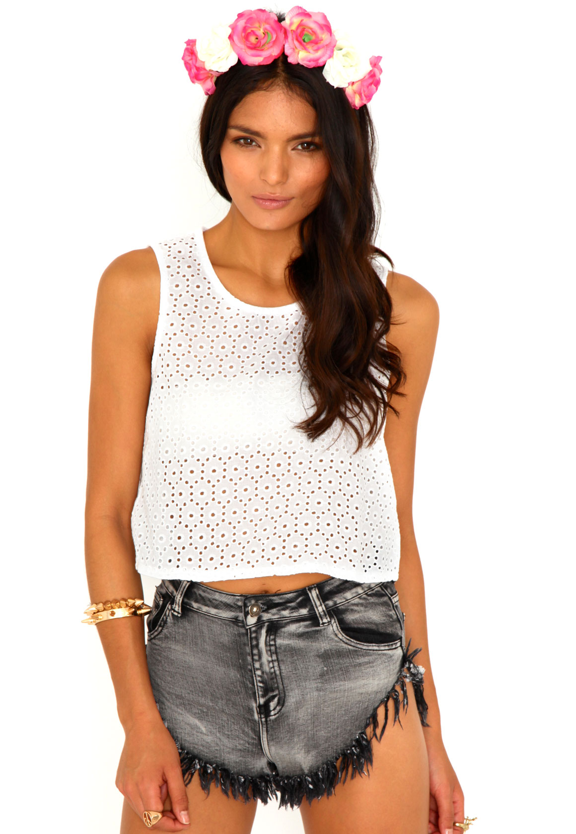 7067f67a2f9 Toril Embroidered Crop Top, White - Tops - missguided - Styling Up